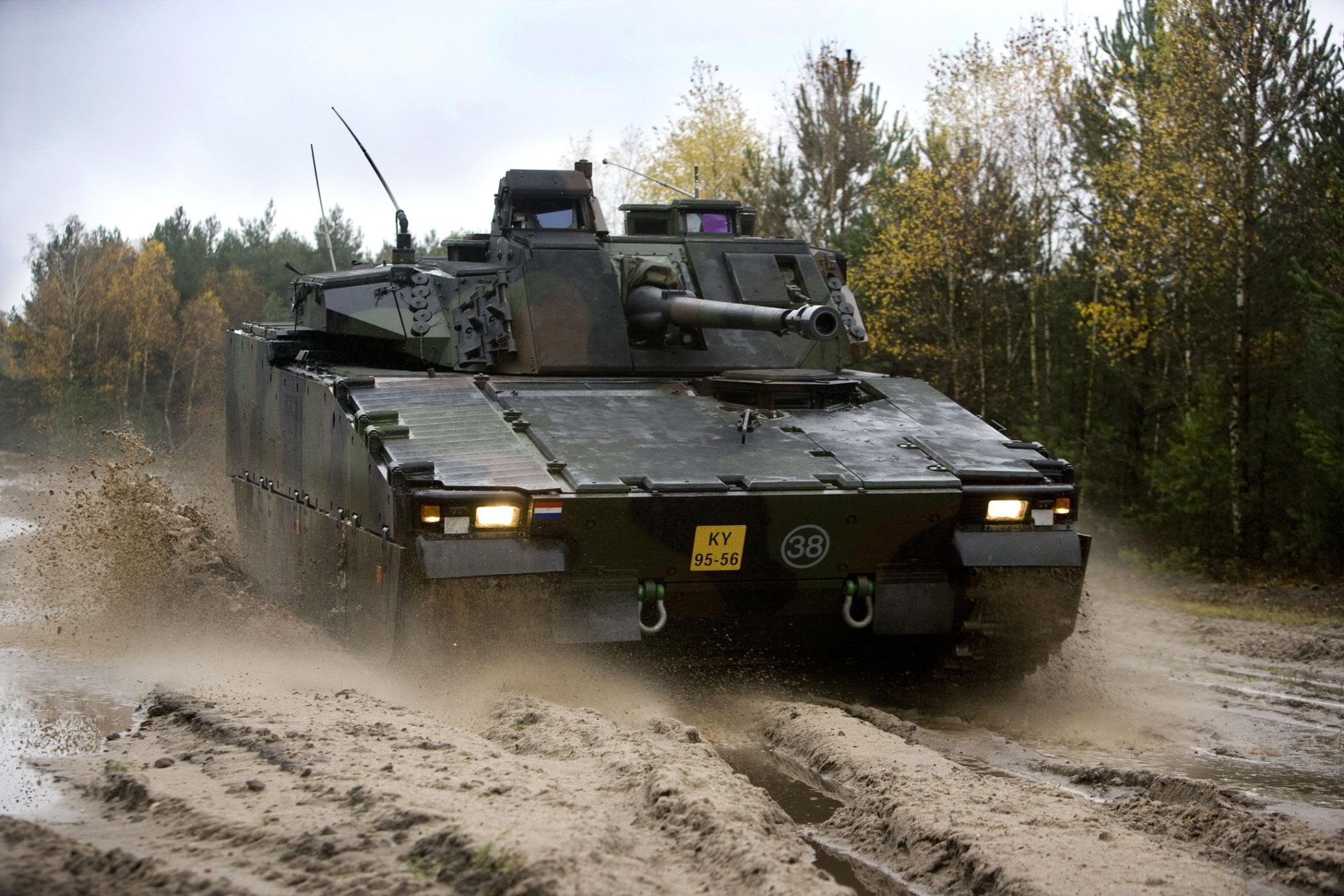 CV90 (foto Defensie)