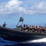 Militairen op weg naar inzetgebied (foto: defensie)