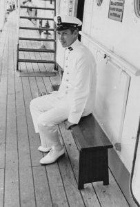 Annee Andeweg aan boord van de Luymes (1968)
