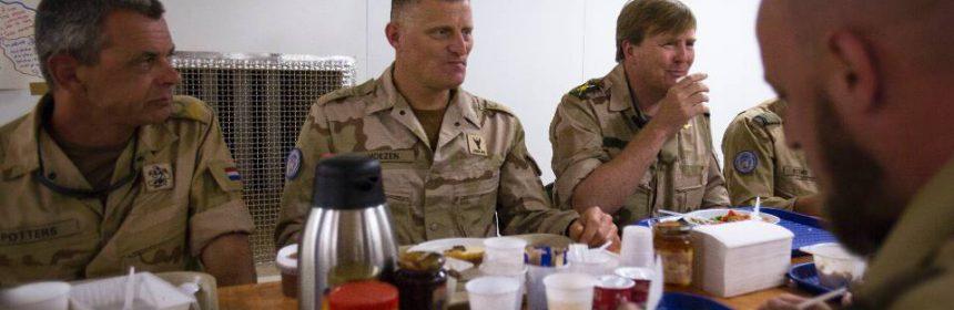 Koning Willem-Alexander in Mali (foto ministerie van Defensie)