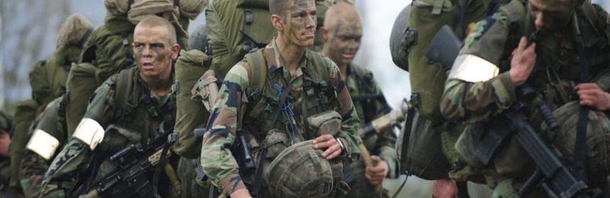 Mariniers in opleiding (foto: defensie.nl)