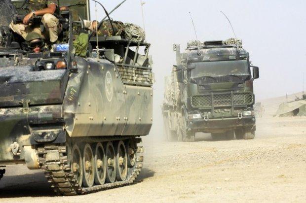 Koning: militairen maken indruk en wekken bewondering