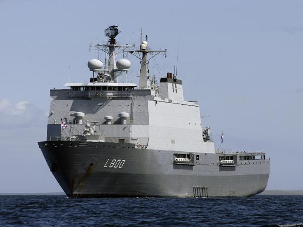 Zr.Ms. Rotterdam (foto: Defensie)