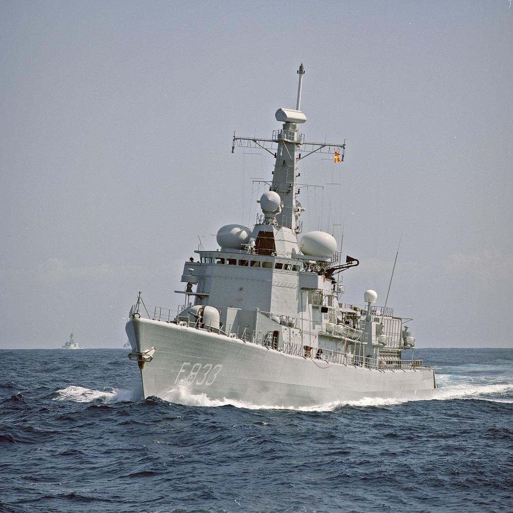 M-fregat van Nes (foto uit collectie NIMH, - https://nimh-beeldbank.defensie.nl/)