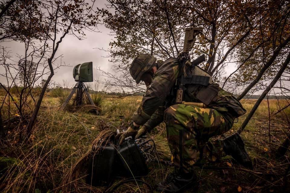 Wapen van de informatiemanoeuvre opgericht door Landmacht: Korpsen vernoemd naar prinsessen